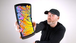 Motorola RAZR 5G Unboxing. The Newest Folding Phone