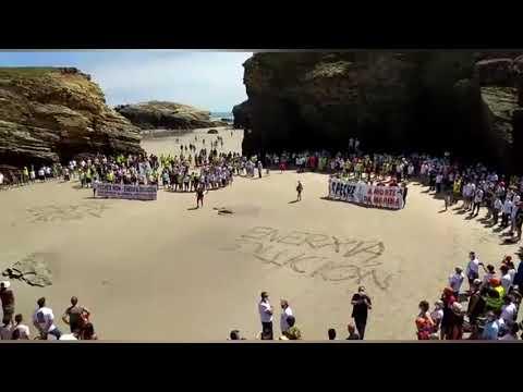 """""""Enerxía solución"""" en la playa de As Catedrais"""