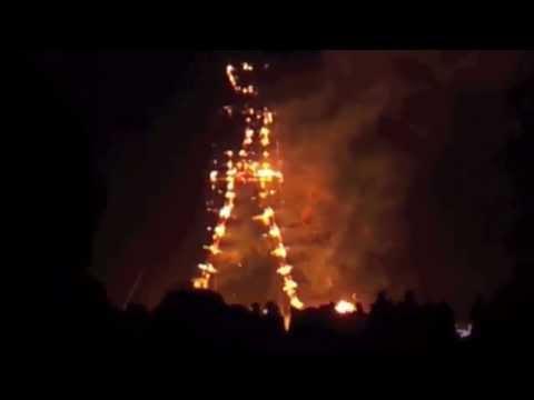 The man burns at Burning Man 2014 - Full Video