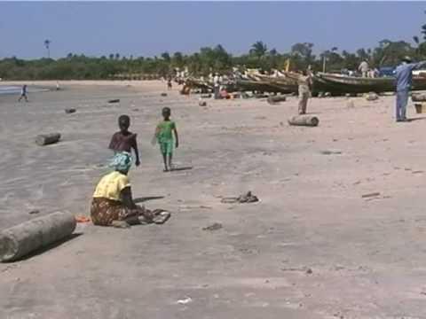 Gambia Holiday drive Tanji Gunjur Sanyang Beach for fish