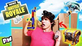 FORTNITE DANS LA VRAIE VIE!!! w. CaptainSparklez 📦 Box Fort Challenge - Silly String Battle Royale