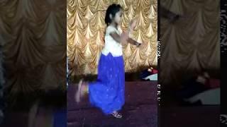 Sillam Sai katta kinda gajula sappudu ro dance....