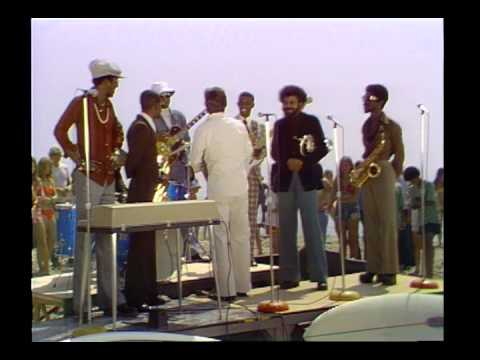 Dick Clark Interviews Kool & The Gang- Action 74
