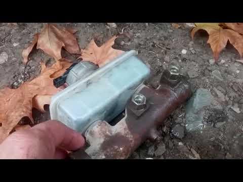 Как прокачать главный тормозной цилиндр на уаз 469 видео