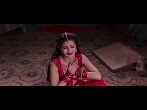 Great Grand Masti Movie Hot Scenes of...