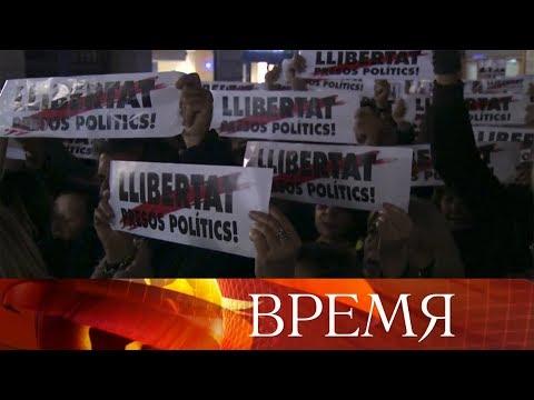 Вцентре Риги прошло массовое шествие против так называемой реформы школ.