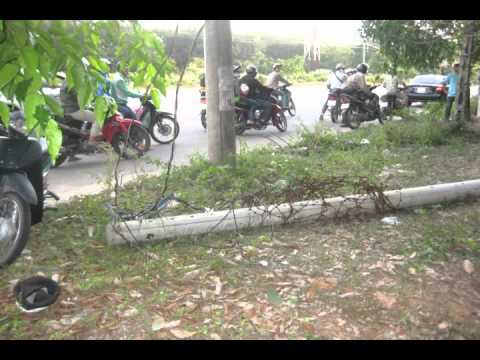 Tai nạn giao thông bến cát   bình dương 2 1 2012 Club lái Thiêu