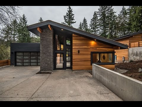 4K Portland Oregon real estate video tour - 1895 SW Highland Rd  Portland OR 97211