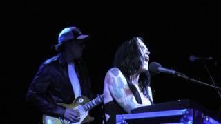 Beth Hart and Joe Bonamassa - I'll Take Care Of You @ Echoplex 9-19-11