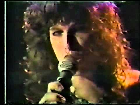 Walk This Way-Aerosmith - Live 1977