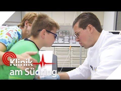 Kleiner Junge (10) Mit Schmerzen An Peinlicher Stelle   Klinik Am Südring   SAT.1 TV