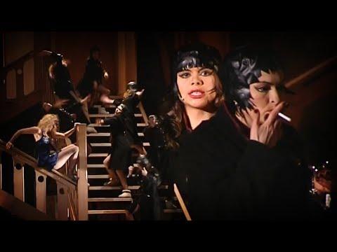 «Восемь любящих женщин», Театр Романа Виктюка