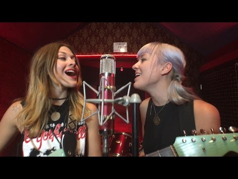 THE BOOTH - Episode 17: Larkin Poe Mp3
