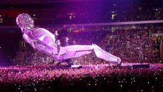 Take That and the Giant Robot - featuring 'Love Love' and 'Never Forget'