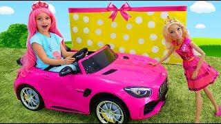 София как Барби, делает Макияж и наряжается на Вечеринку