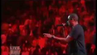 Brooklyn (We Go Hard)- Jay-z ft Santogold)  LIVE @ Madison Square Garden (9/11)