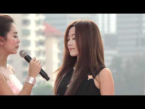 MAMA Mnet Asian Music Awards 2011 - Jane Zhang - Red Carpet - Live @ Singapore Indoor Stadium