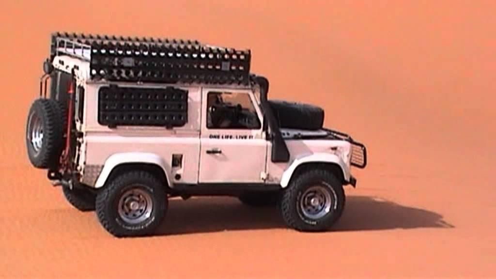 V8 Land Rover In The Sahara Youtube