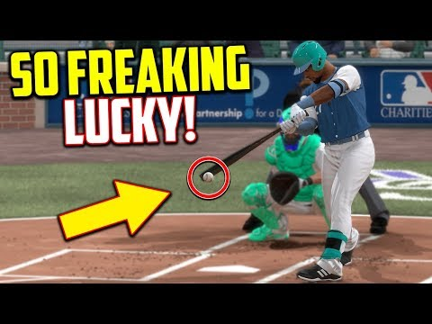 I Got So Freaking Lucky! MLB The Show 17   Battle Royale