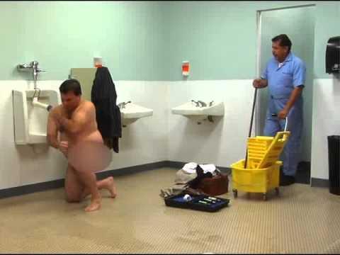 Gay men showers free