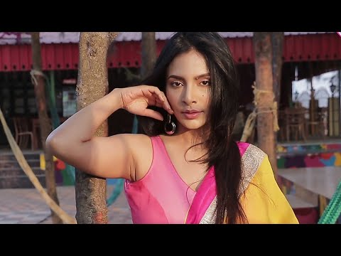 India Desi Bong Girl Showing Her Thick Shaven Armpits   TezzabTV