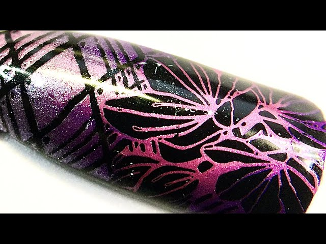 Live_ Floral nail art with metallic chrome pigment coloring and sticky stamping polish _SheModern