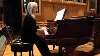 Georgianna Askoff, piano. Chopin Nocturne C# minor.