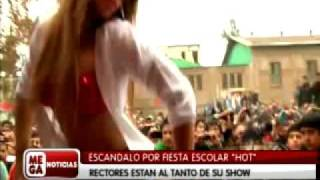 Repeat youtube video fiesta hot en colegio inba de Santiago.mp4