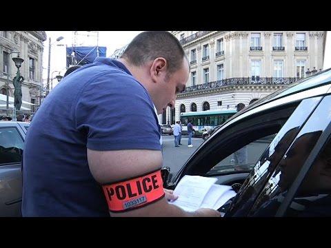 Paris: La Police Interpelle Les Chauffeurs UberPOP