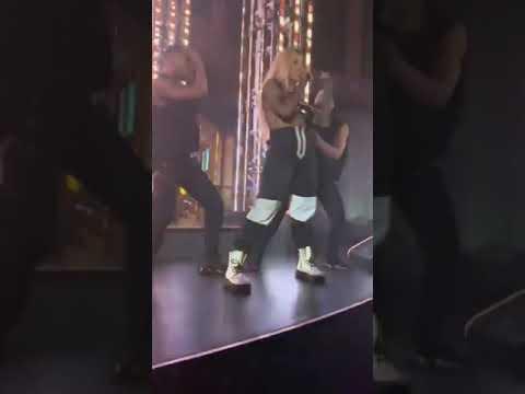 "Dinah Jane Performing ""Retrograde"" in New Jersey"