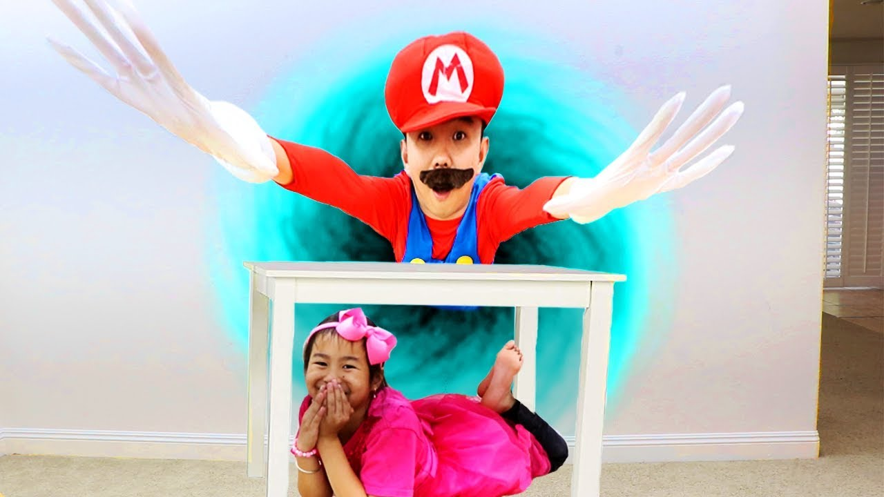 Jannie Pretend Play Hide and Seek with Mario Kids Adventure