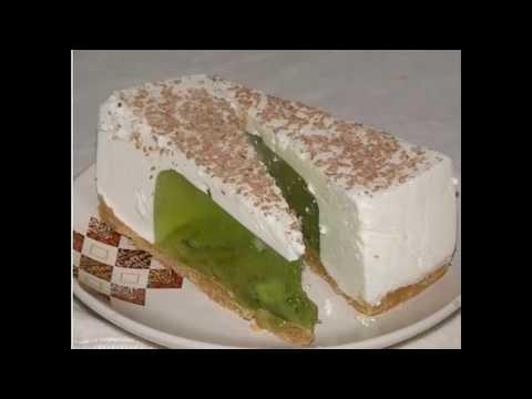 Бисквитный торт с желе и фруктами - рецепт с фото на