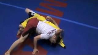 Arm Triangle – Brazilian Jiu Jitsu – Nanerpuss