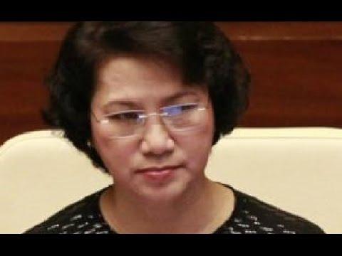 Nguyễn Thị Kim Ngân ngạo mạn, đay nghiến nhân dân ngay sau khi tuyên thệ nhậm chức .