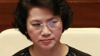Video Nguyễn Thị Kim Ngân ngạo mạn, đay nghiến nhân dân ngay sau khi tuyên thệ nhậm chức . download MP3, 3GP, MP4, WEBM, AVI, FLV Juni 2018