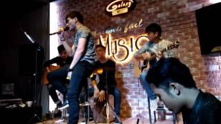 Mùa đi qua phố - Dương Thuận ft Vodka Band