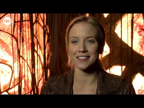 Inside the Episode: Door Number Three  Falling Skies  TNT