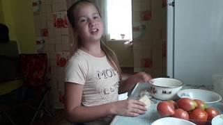 Простые салаты из огурцов и помидоров на день рождение готовим дома сами.