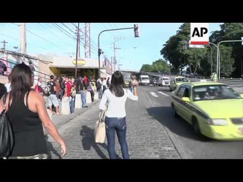 Bus drivers in Rio de Janeiro begin a 48-hour strike demanding salary hike