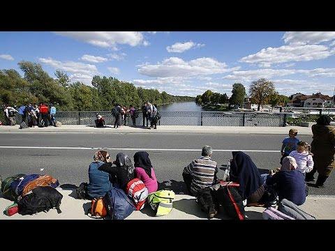 اتحادیه اروپا در تلاش اسکان پناهجویان