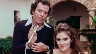 Julio Iglesias & Alicia Juarez -  De Un Mundo Raro, LIVE [ 1976 ]