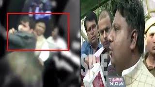 On cam: Scuffle inside Delhi Secretariat thumbnail
