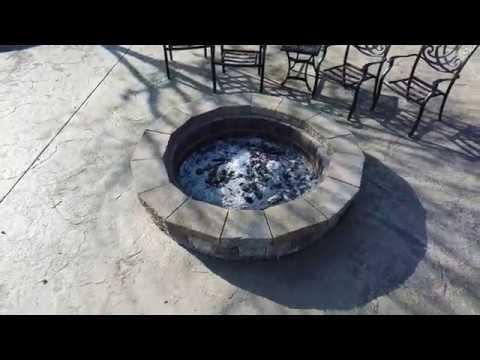Fire pit / Patio