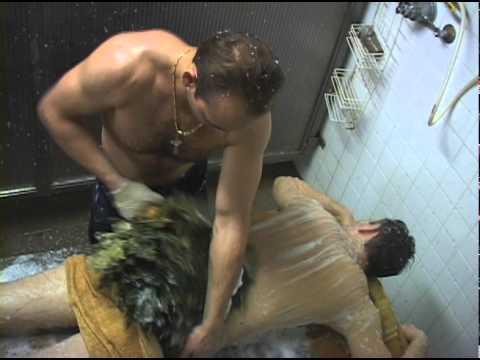 mixed sauna bathing