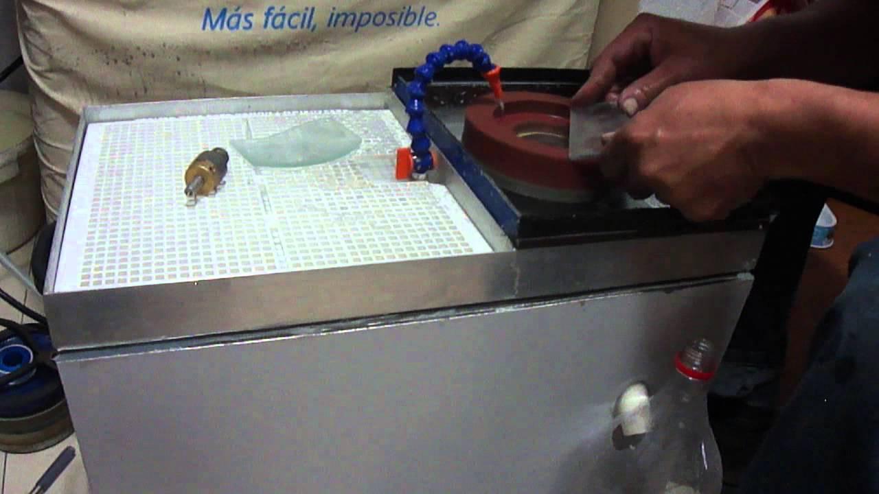 Maquina para pulir y biselar vidrio parte 1 youtube - Herramientas para limpiar cristales ...