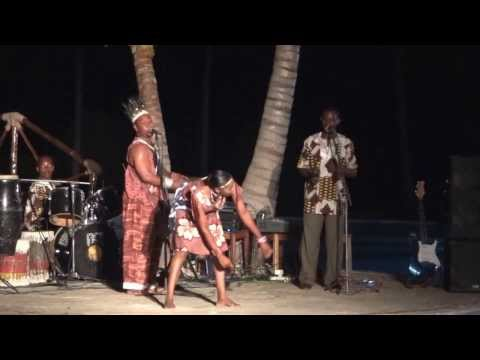 Animation dancing at Ocean Paradise, Zanzibar, Tanzania