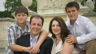 Një  shqiptar për Këshillin Bashkiak të New York  - Top Channel Albania - News - Lajme