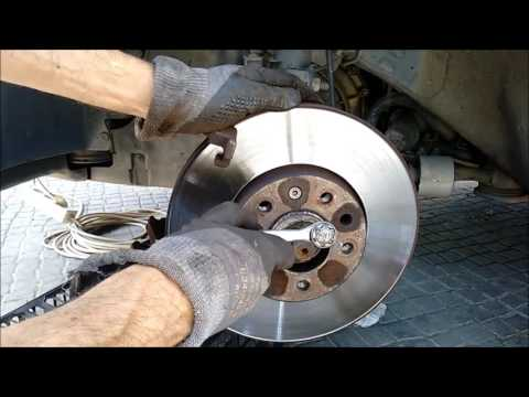 Install front brake discs and pads, Opel Vauxhall Vectra C 1.9 CDTi z19dth
