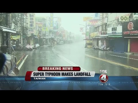 Super Typhoon Meranti Hits Taiwan On Its Way To China