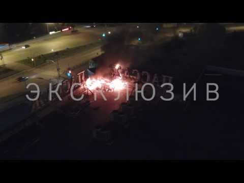 Горит ТЦ Пассаж в день города Первоуральска и день металлурга.